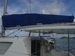Catamaran Leopard 380